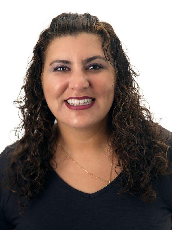 Headshot of Instructor Sarita Shanlian